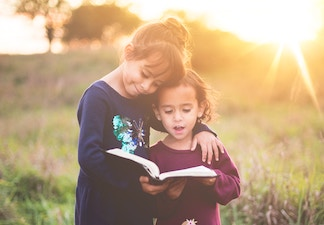 How to help your kids starting a book club